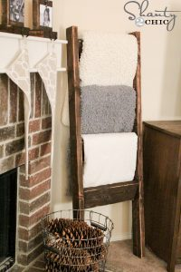 Wooden-Blanket-Ladder